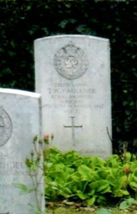 Headstone of Sapper Thomas W Faulkner, Eiganes Churchyard, Stavanger, Norway.
