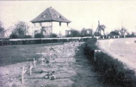 Field burial site for members of B Coy 7 Para Bn killed at Neustadt bridge, April 1945