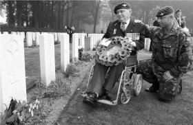Sgt Tom Blakey and Sgt Don Turner of 21st Independent Parachute Company, Oosterbeek War Cemetery c2010.