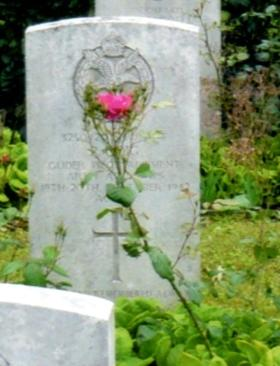 Headstone of Sergeant Peter Doig, Eiganes Churchyard, Stavanger, Norway.