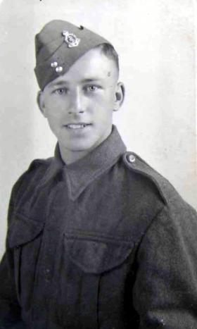 Leslie Sanders RAMC, prior to becoming a Glider Pilot, c1941.