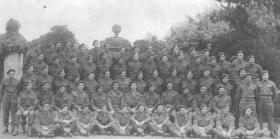 Group photo of Airborne Signallers, Easton Hall, Lincs, c.1944
