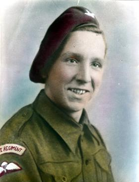 Pte Harold Sands, early 1943.