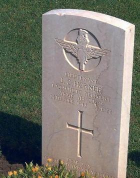 Headstone of Lt John Horner, Catania War Cemetery, Sicily.