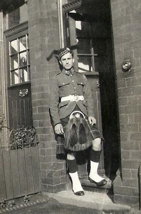 Paul Howell, Queen's Own Cameron Highlanders, Liverpool, c1939