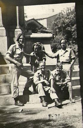 Members of 4th Para Bn, Rome, c1944.