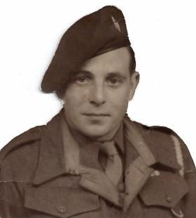 Hugh McWhinnie, C Coy, 2nd Para Bn, date unknown.