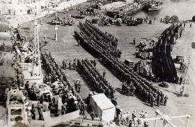 3 PARA waiting to embark Portsmouth Dockyard Operation 'TRIMED' 1951