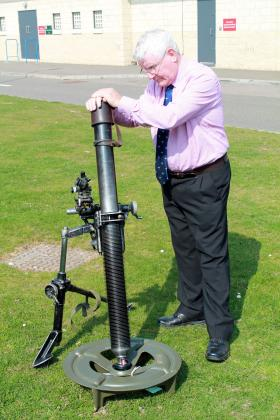 George Averre, Plaman Mapu veteran, with an 81mm Mortar at Colchester 9 April 2015.