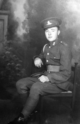 Portrait picture of Pte Gordon Ainger, date unknown.