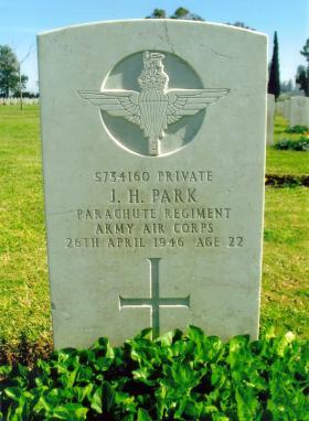 Headstone of Pte John Henry Park, Ramleh War Cemetery.