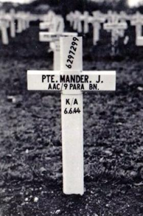 Grave of Pte James Mander, Ranville War Cemetery.
