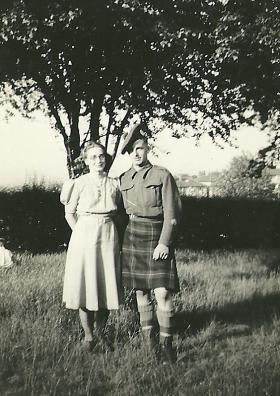 Joan and Paul Howell c1941