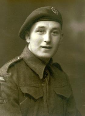 Pte John Riddell, 8th (Midlands) Para Bn, date unknown.