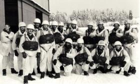 1 PARA ready to jump in Norway, 1980s.