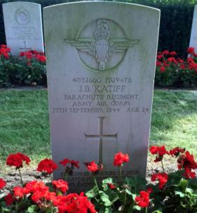Gravestone of Private John Katiff, Rhenen Cemetery, 2016.
