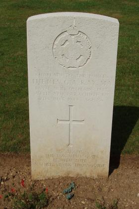 Headstone for Revd GA Kay attached to 8th Para Bn, Ranville War Cemetery, 2010.