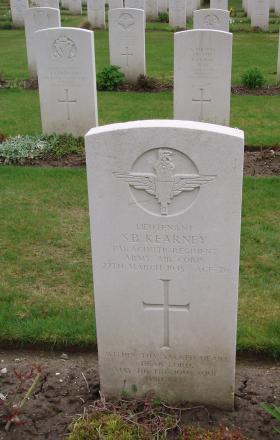 Lt Kearney Headstone Reichswald 2010
