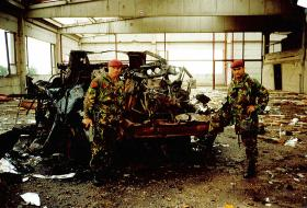 Members of 5 Airborne Brigade Logistic Battalion in Kosovo, 1999.
