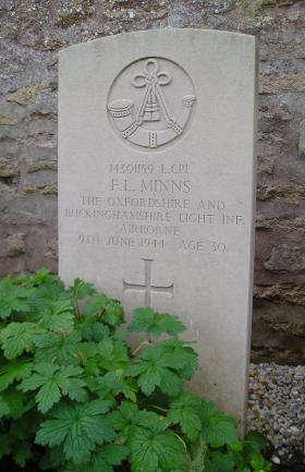 Headstone of L/Cpl F Minns, Herouvillette Cemetery, October 2010.