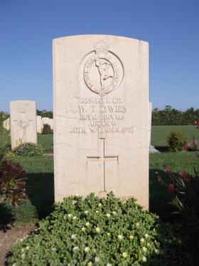 Headstone for L/Cpl WT Davies, Bari War Cemetery, November 2011.