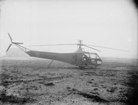 A Sikorsky R4 (Hoverfly Mk I)