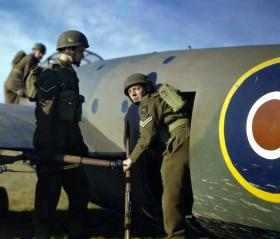 1st Airlanding Reconnaissance Squadron, training at Netheravon, November 1942.