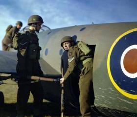 1st Airlanding Reconnaissance Squadron, training at Netheravon, November 1942.