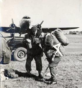 Lt Col Coxen CO 4th Para Bn 1947.