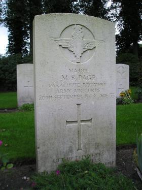 Headstone of Major M Page, Oosterbeek Cemetery, taken August 2010.