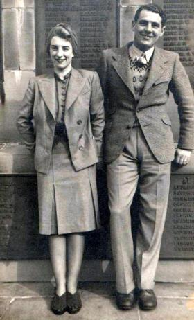 Marjorie and Bob Midwood after Dunkirk.