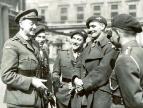 Men of 2nd Para Bn at Buckingham Palace after receiving their awards, 1944.