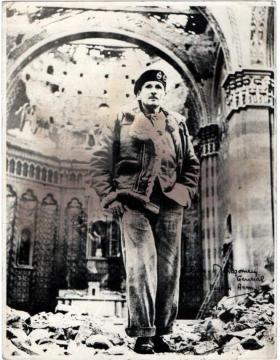 Field Marshal Montgomery, Italy.