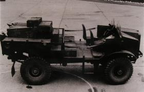 Morris Commercial C8/AT Mark 3 Artillery Tractor
