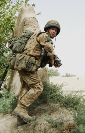 3 PARA soldier moving from compound to compound, Afghanistan, August 2008