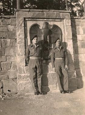 Bert Newitt (left) with unknown Lance Corporal