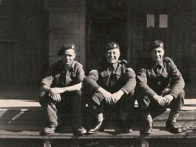 Members of 93 (Airborne) Composite Company RASC