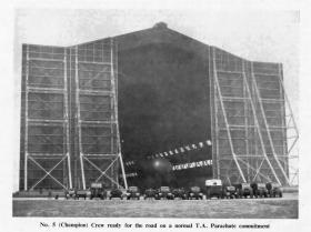 No 5 Balloon Crew, Parachute Balloon Training Company, 1954