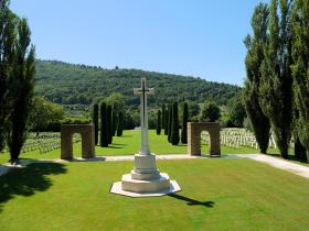 View from the Cross of Sacrifice to the Altar of Remembrance at CWGC Florence, July 2012.