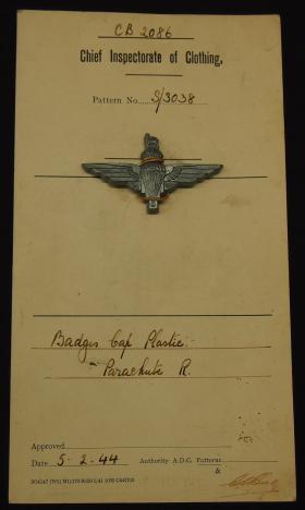 Patent Card for The Parachute Regiment's plastic Cap Badge, 1944.