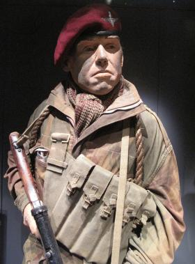 Mannequin representing a Para in action in 1944, installed in Airborne Assault, Duxford.