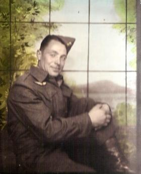 Pte Peter Modderman possibly at  Fort Benning, date unknown.