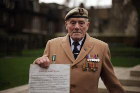 Pte George Kay campaigning for better treatment of veterans 2011