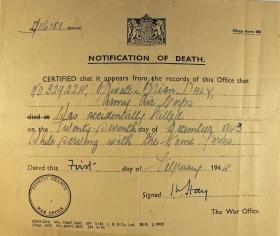 Notification of the death of Pte B Daly, 1943.