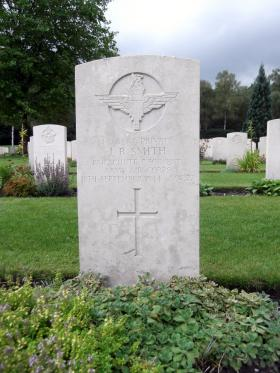 Headstone of Pte J R Smith, Canadian War Cemetery, Holten, August 2011.