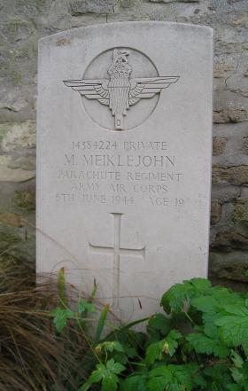 Headstone of Pte M Meiklejohn, Herouvillette Cemetery, October 2010.