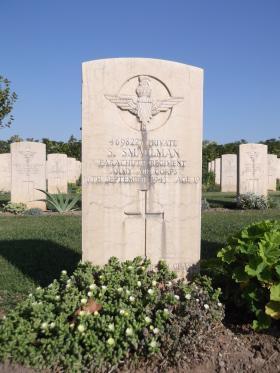 Headstone of Pte Sidney Smallman, Bari War Cemetery, November 2011.