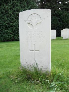 Headstone of Pte S Sproston, Becklingen War Cemetery, August 2011.