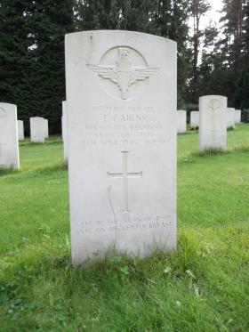 Headstone of Pte T Cairns, Becklingen War Cemetery, August 2011.