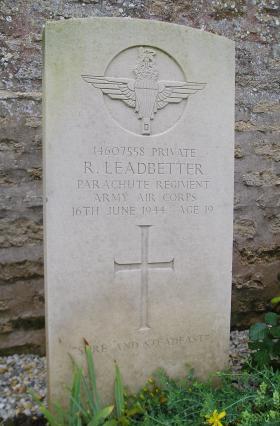 Headstone of Pte Leadbetter, Herouvillette Cemetery, October 2010.